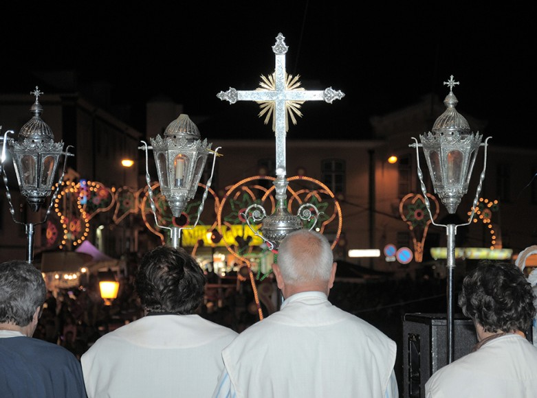 A religiosidade ainda está bem presente na Ericeira. - ph. CR-Ericeira Produções