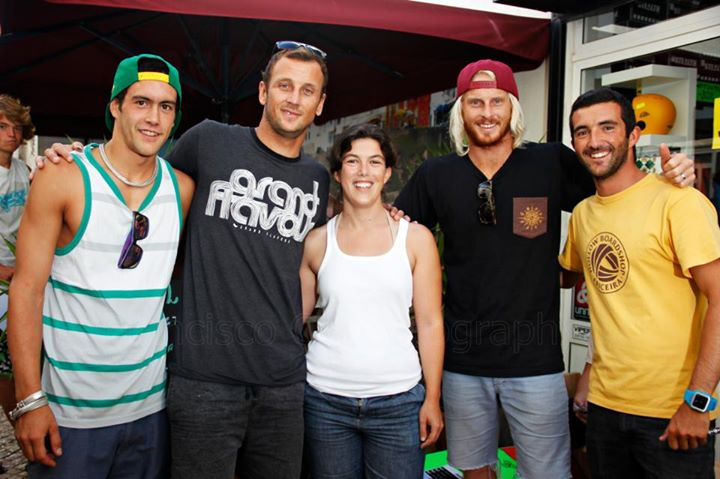 Óscar Mansura (right) and Filipa Mansura (center) with the world superstars Ben Player (second on the left) and Dave Winchester (second on the right).
