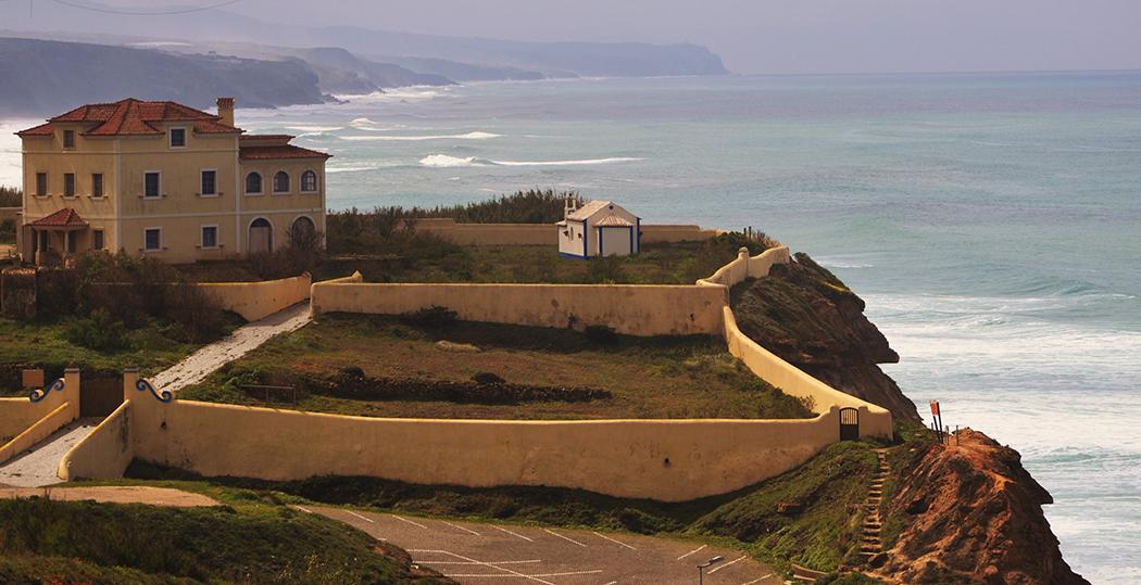 Cristiano ronaldo compra casa na ericeira azul ericeira - Casa de cr7 en madrid ...