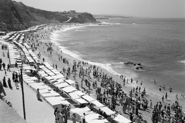 Praia do Sul. - ph. Biblioteca de Arte Fundação Calouste Gulbenkian