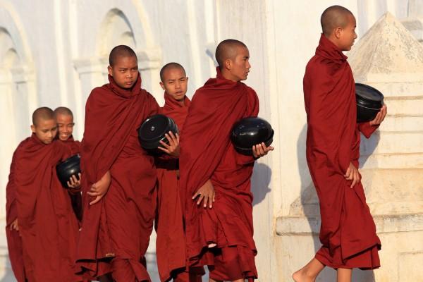 Monges budistas. - ph. Dietmar Temps