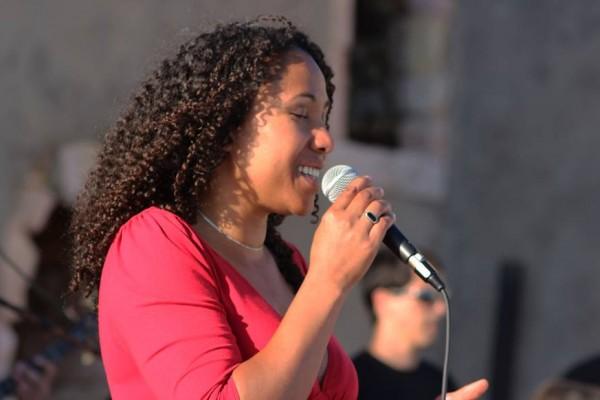 Júlia Valentim Trio. - ph. DR