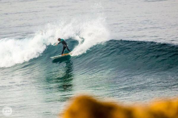 Um surfista completo deve conciliar manobras new school, linhas clássicas e power surf - ph. Francisco Santos