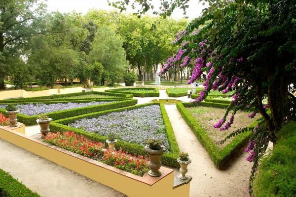 O inconfundível Jardim do Cerco é um dos bens incluídos nesta lista.