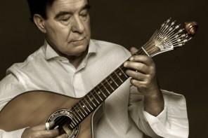 """António Chainho encerra ciclo musical """"Guitarras"""""""
