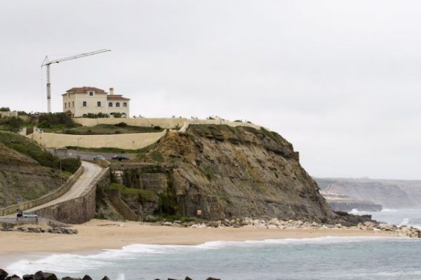 Praia do Sul - ph. Carlos Barroso/LUSA