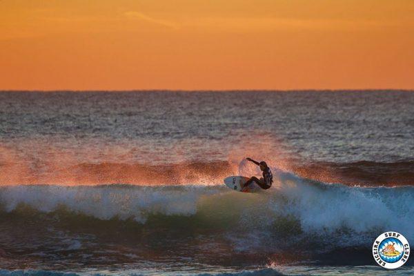 Martim Carrasco em acção ao pôr-do-sol - ph. Álvaro Fr / ESC