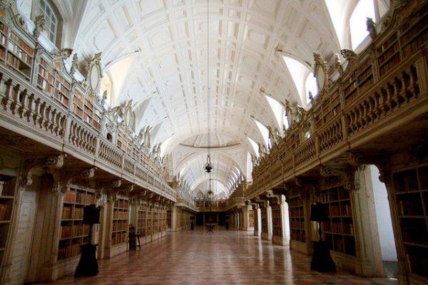 Biblioteca Palácio de Mafra - ph. DR