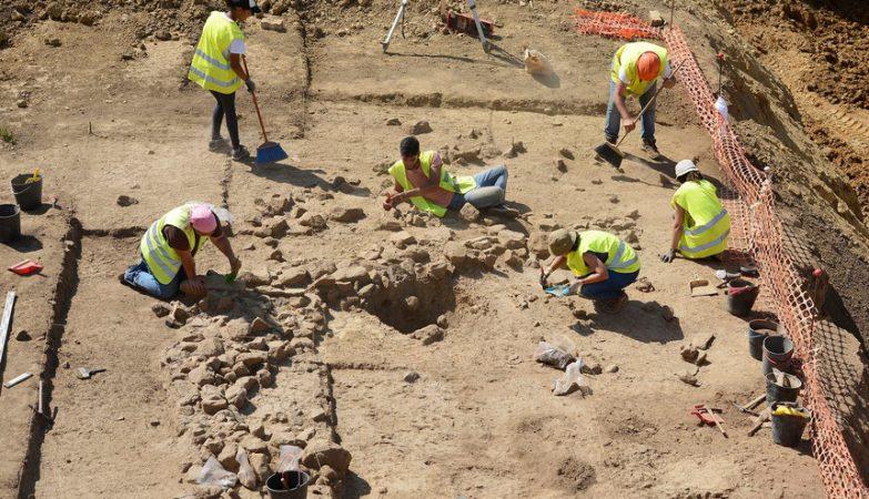 Escavações arqueológicas achados Mafra - ph. Lusa