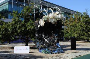 Criação artística da Skeleton Sea no Web Summit