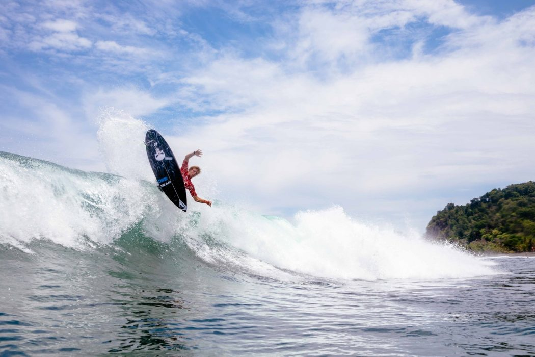 Afonso Antunes vence Rip Curl Grom Search