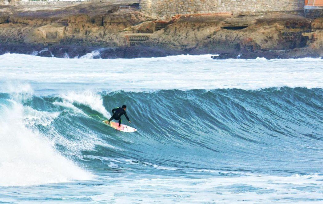 Jornal finlandês diz que na Ericeira se faz surf todo o ano
