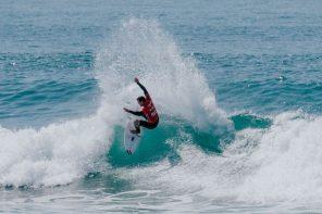Tomás Fernandes vai ao Algarve defender a liderança na Liga Meo Surf