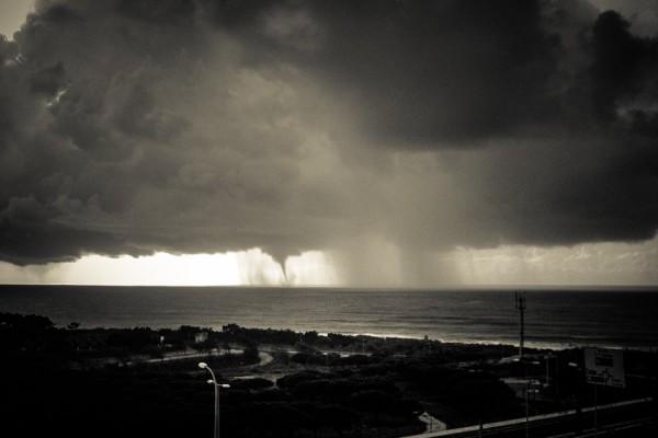 Tornado Ericeira. - ph. Nuno Leitão