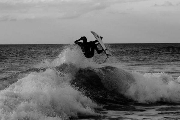 Surf, praia, Ericeira. - ph. Nuno Dinis