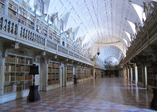 Biblioteca Nacional de Mafra. - ph. Bosc d'Anjou