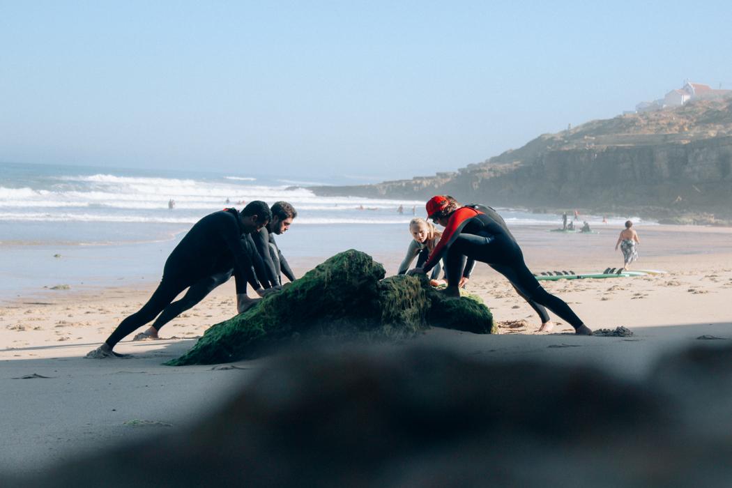 Escola de surf Action Waves The Wave. - ph. AZUL