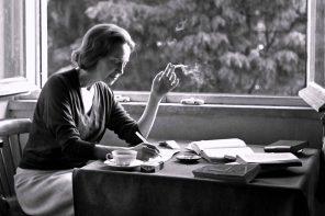"""""""Dois Dedos de Poesia"""" regressam em formato online"""